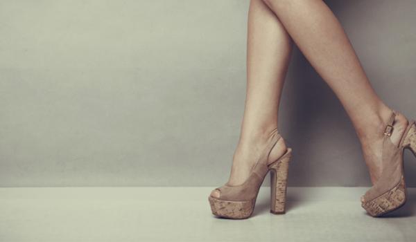 zapatos-de-plataforma-y-lesiones