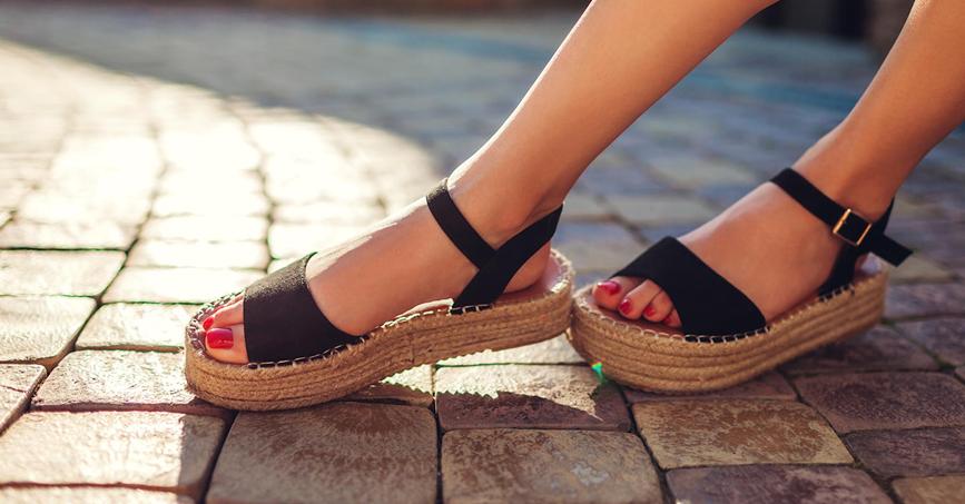 sandalias con suela gorda